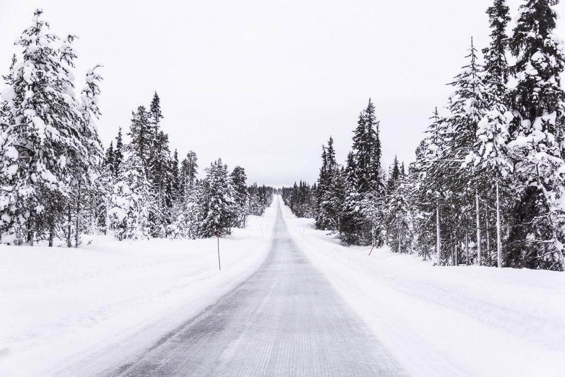 Route en Laponie Finlandaise.