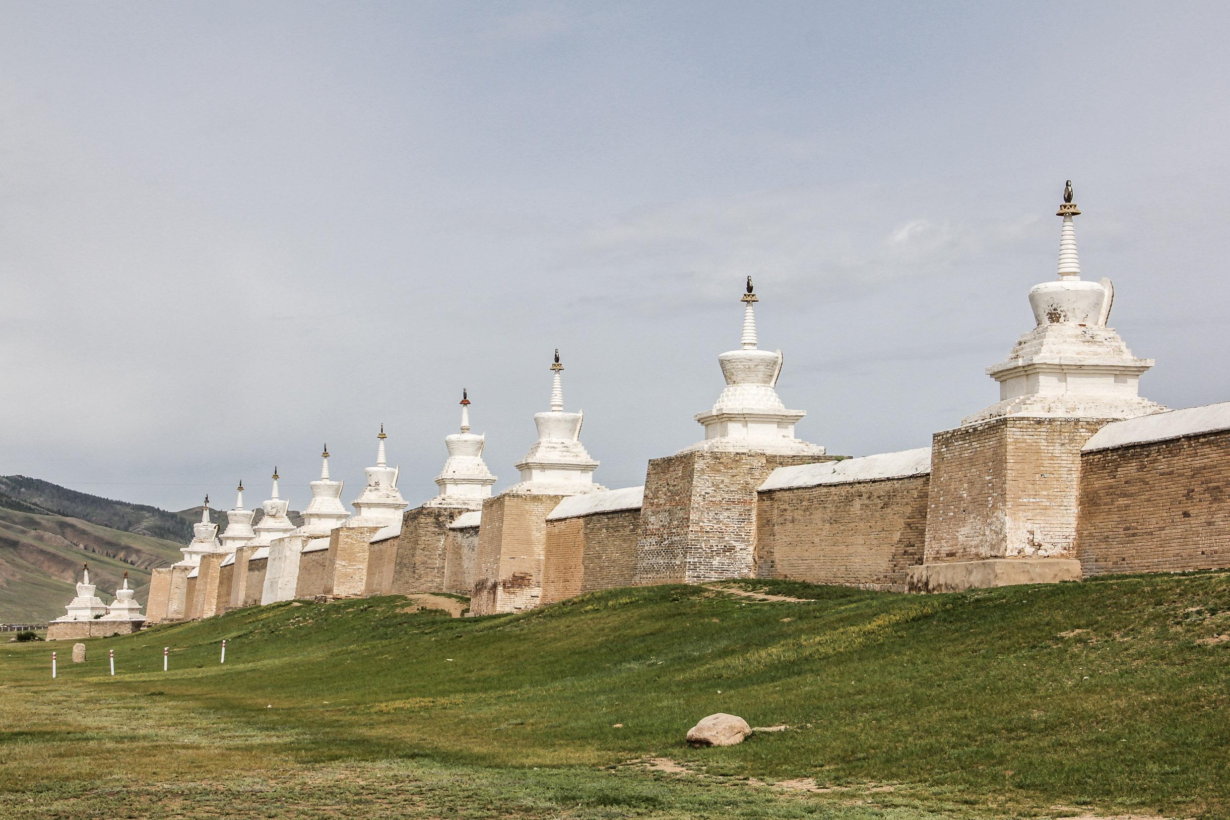Le mur qui entoure le Monastère d'Erdene Zuu