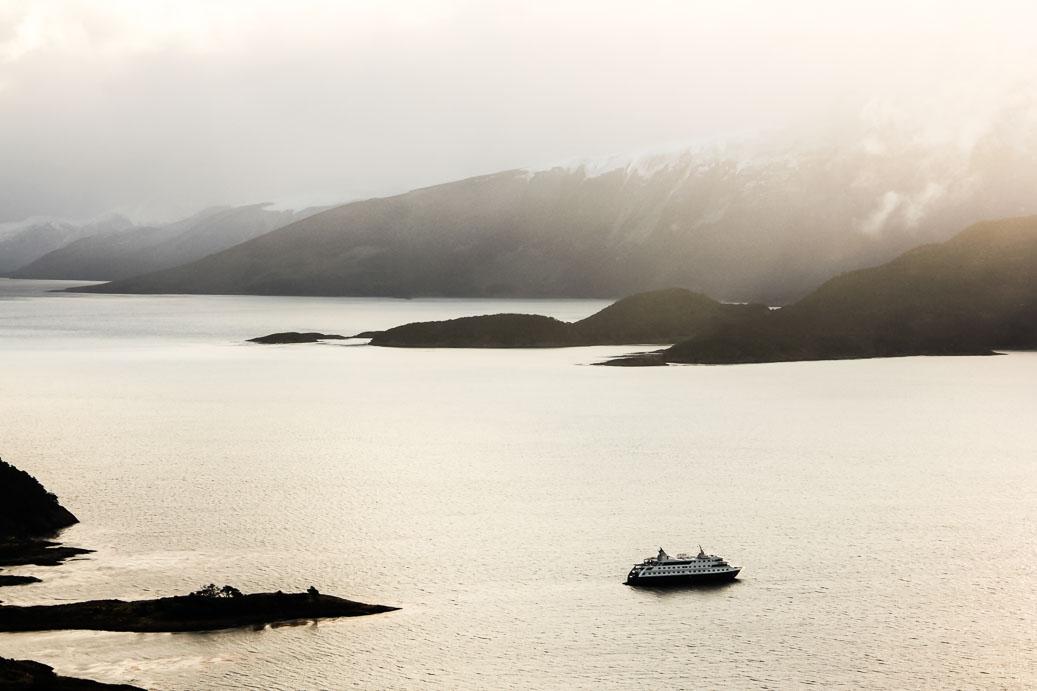 La Baie de Wulaia au coucher du soleil