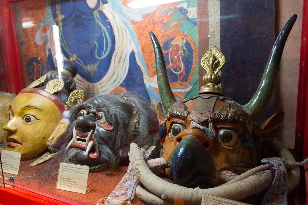 Masque bouddhiste en mongolie