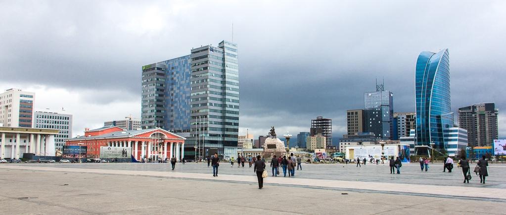 Place Sukhbaatar au centre-ville de Oulan-Bator en Mongolie