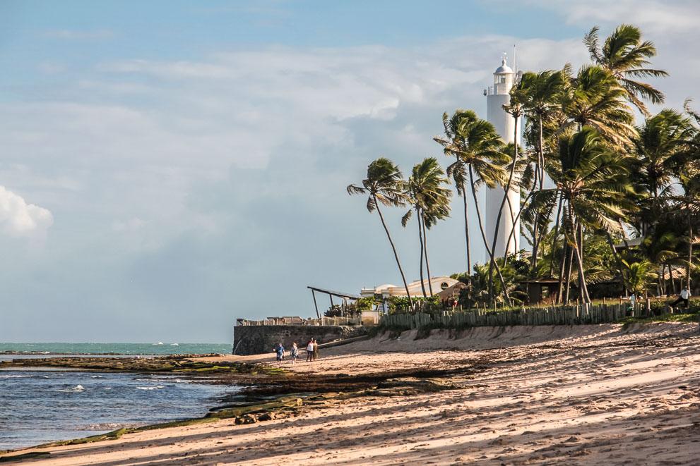 Plage du village de Praia do Forte à Bahia