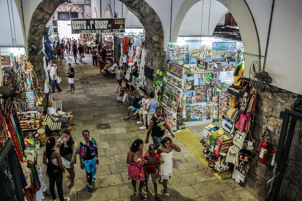 Intérieur du Mercado Modelo à Salvador