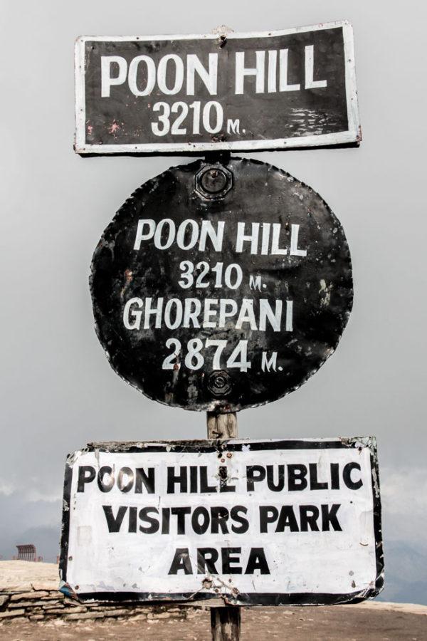 Panneau au sommet de Poon-Hill