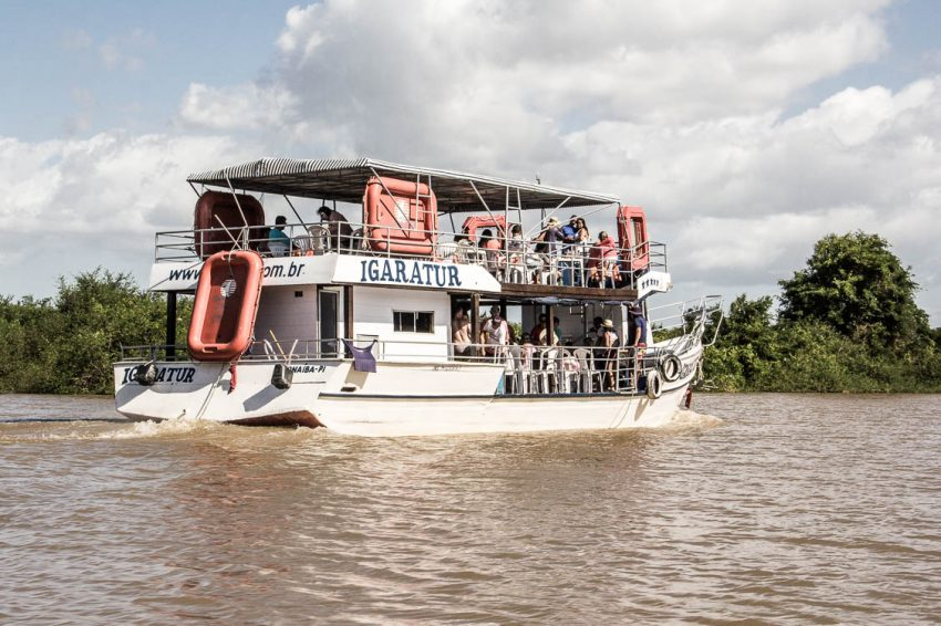 Grand bateau sur le Delta do Parnaiba - Route des Sensations