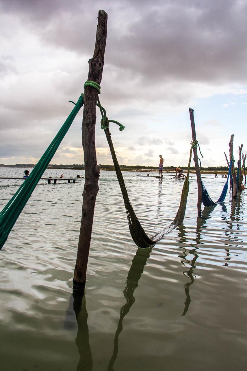 Hamacs dans la Laguna Azul à Jericoacoara - Route des Sensations